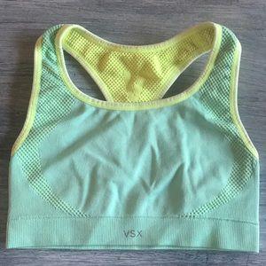 Brand new VS sports bra